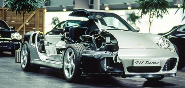 Porsche 911 car cut away